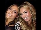 Jennifer Lopez comemora aniversário de 46 anos ao lado de Thalia