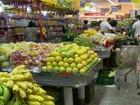 Preço de alimentos sobe menos e alivia inflação em São Paulo