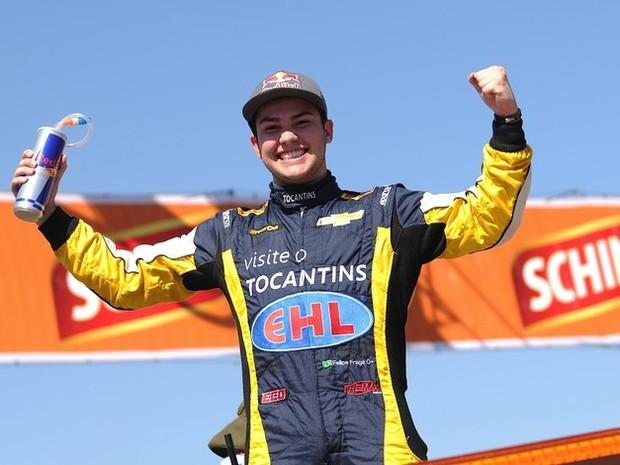 Felipe Fraga é o piloto mais jovem a vencer corrida da Stock Car (Foto: Divulgação/ Duda Bairros)