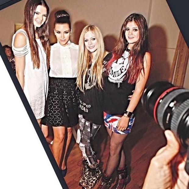 Avril Lavigne mostra foto antiga com Kendall e Kylie Jenner (Foto: Instagram / Reprodução)
