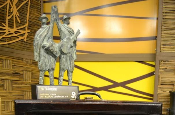 Troféu Origens do Galpão Crioulo (Foto: Daniel Bittencourt/RBS TV)