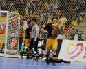 No retorno de Guitta, Corinthians bate Sorocaba e fica perto do título na LPF