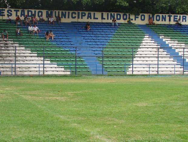 Estádio Municipal Lindolfo Monteiro - Teresina, Piauí (Foto: Josiel Martins/GLOBOESPORTE.COM)