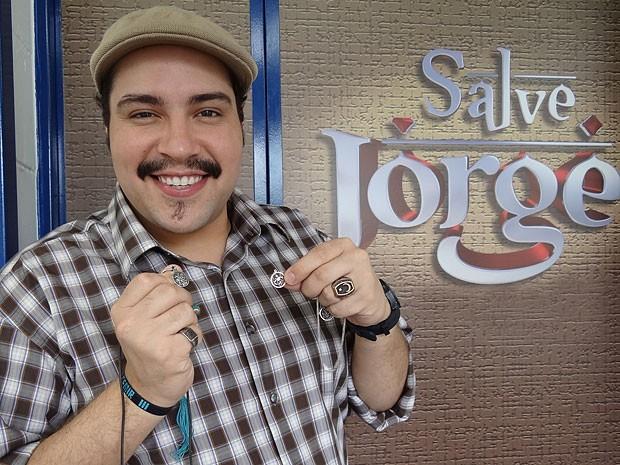 Tiago Abravanel tem uma ligação especial com São Jorge (Foto: Salve Jorge/TV Globo)