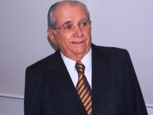 João Castelo disse espera um deabte democrático (Foto: Igor Almeida)