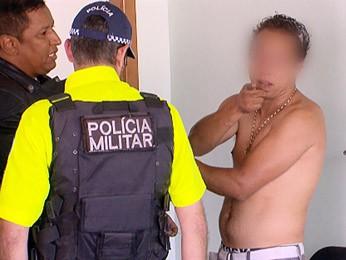 Homem preso por dirigir sem habilitação e com sinais de embriaguez foi levado para a 5ª DP (Foto: TV Globo / Reprodução)