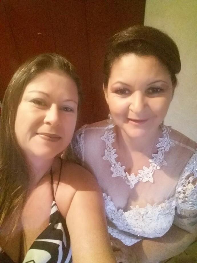 Dona Ivone com a amiga Tatiane Branco (Foto: Arquivo pessoal)