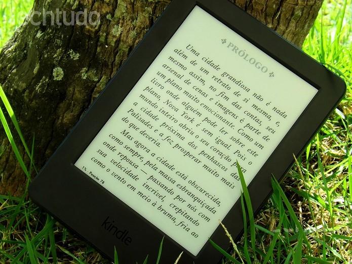 Kindle com Wi-Fi e tela touch (Foto: Barbara Mannara/TechTudo) (Foto: Kindle com Wi-Fi e tela touch (Foto: Barbara Mannara/TechTudo))