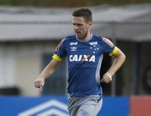Ezequiel Cruzeiro (Foto: Washington Alves/Light Press)