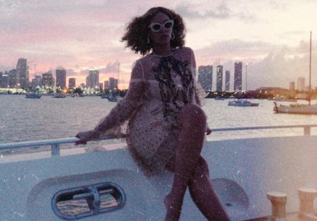 Beyoncé escolheu Miami para celebrar os últimos dias de 2017 (Foto: Reproduçāo Beyoncé.com)