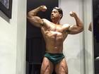 Felipe Franco volta a impressionar com corpo hipermusculoso