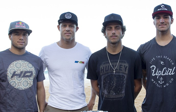 Owen Wright,  Adriano de Souza (Mineirinho), Mick Fanning, Filipe Toledo, Gabriel Medina e Julian Wilson em Pipeline, no Havaí (Foto: Kelly Cestari / WSL)