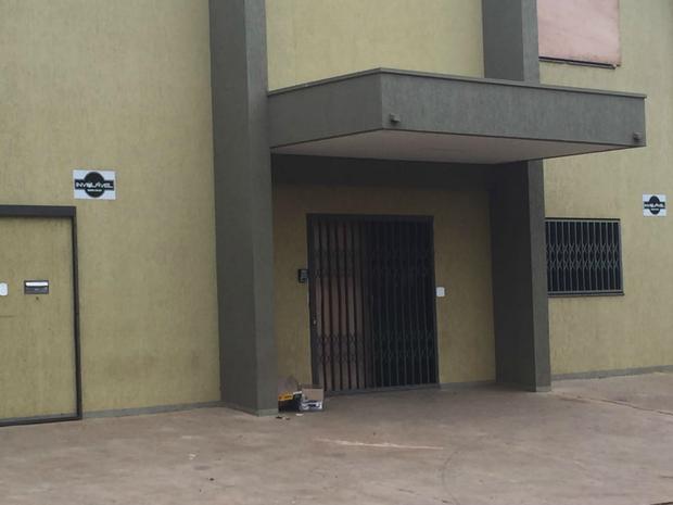 Empresa de Jorge Rafaat, no Paraguai, atacada durante a madrugada (Foto: Gabriela Pavão/G1 MS)