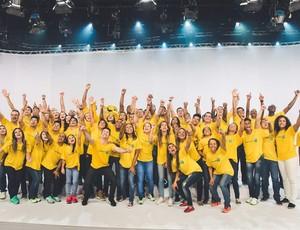 Atletas no lançamento da música do Time Brasil