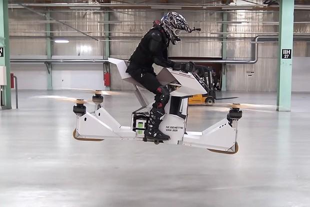 Empresa russa apresenta protótipo de moto voadora em forma de drone (Foto: Divulgação)