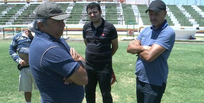 Sousa apresenta comissão técnica para a temporada 2014 (Foto: Reprodução / TV Paraíba)