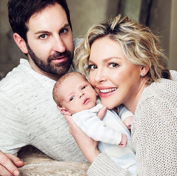 Katherine Heigl mostra o rostinho do filho (Foto: reprodução/instagram)