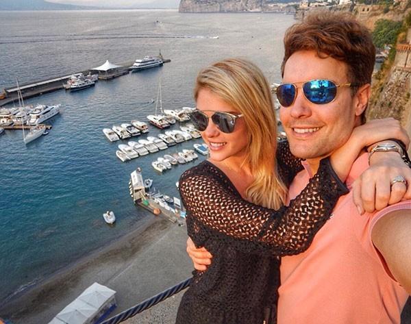 Bárbara Evans e o namorado (Foto: Reprodução/Instagram)
