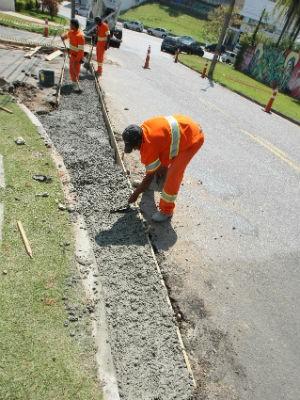 Os serviços começaram nesta semana (Foto: Assis Cavalcante)