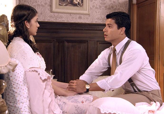 Osório pede que Gerusa tome a 'vitamina' (Foto: TV Globo)