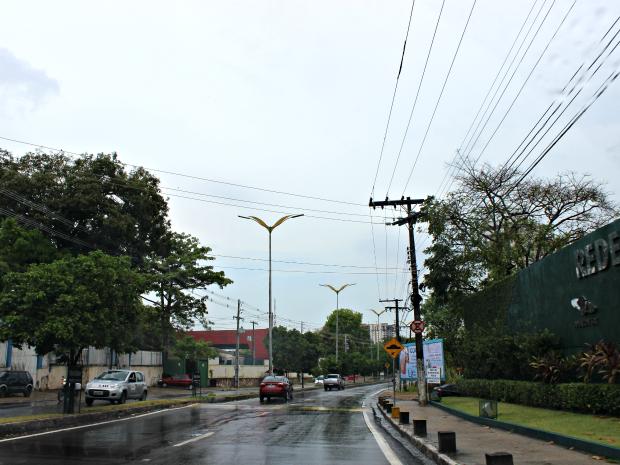 Capital tem céu nublado neste sábado (29) (Foto: Suelen Gonçalves/G1 AM)