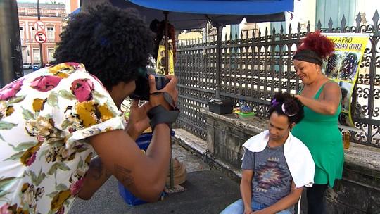 Fotógrafo se redescobre ao buscar clicar a essência do negro