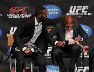 Jon Jones e Anderson Silva (Foto: Divulgação/UFC)