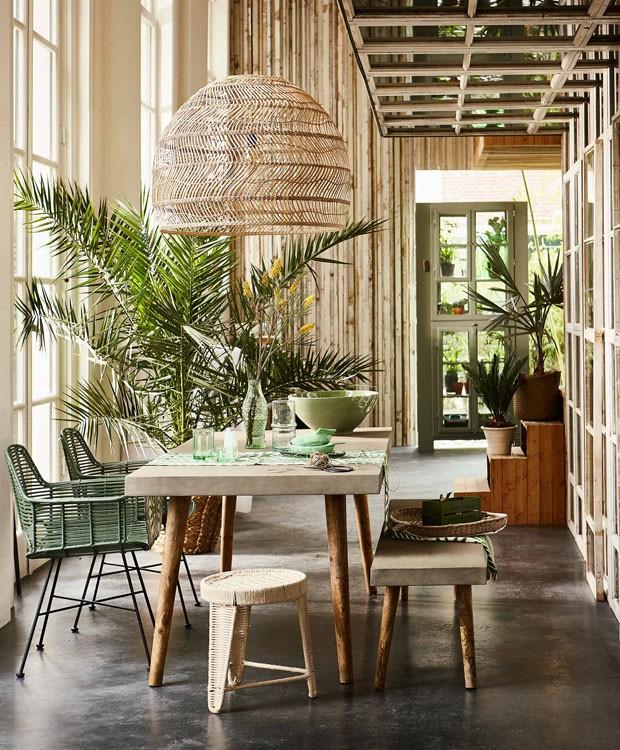 Décor do dia: floresta urbana na sala de jantar (Foto: reprodução)