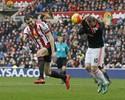 Rooney sofre lesão no joelho e deve ficar fora pelos próximos dois meses