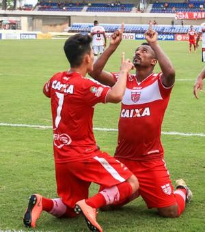 Elias comemorando gol - CRB x Santa Rita (Foto: Ailton Cruz/Gazeta de Alagoas)