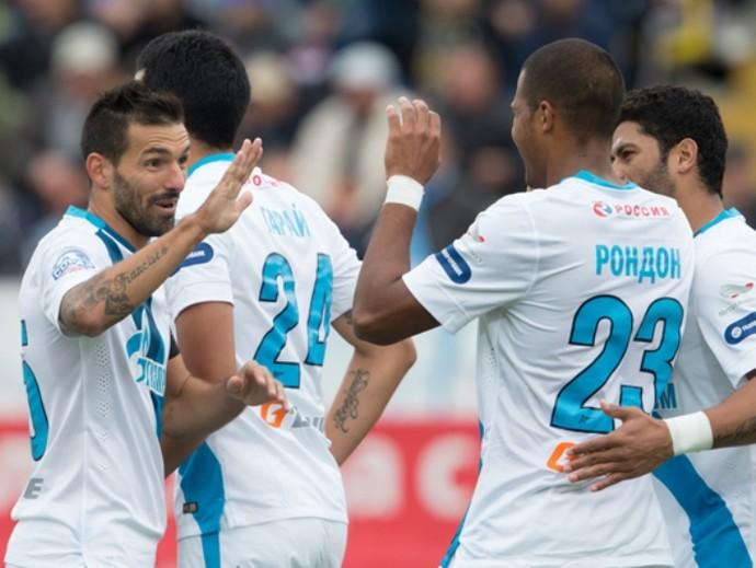 Rondón, do Zenit,  comemora gol contra o Rostov (Foto: Divulgação)