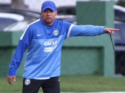 Celso Roth, técnico do Coritiba (Foto: Divulgação/ Site oficial Coritiba)