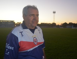 Técnico Marcos Birigui, do Vilhena (Foto: Lauane Sena)