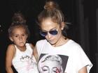 Tal mãe, tal filha: Jennifer Lopez e Emme usam o mesmo penteado