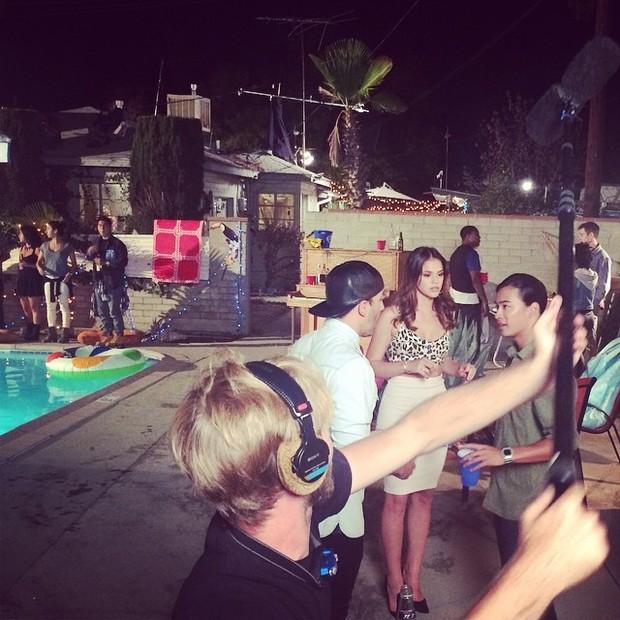 Bruna Marquezine em bastidores de filmagem em Los Angeles, nos Estados Unidos (Foto: Instagram/ Reprodução)
