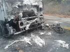 Após batida, caminhão e moto pegam fogo em Piedade de Caratinga
