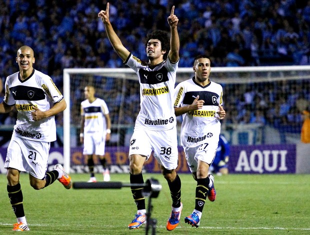 Bruno Mendes botafogo gol grêmio (Foto: Renan Olaz / Agência Estado)