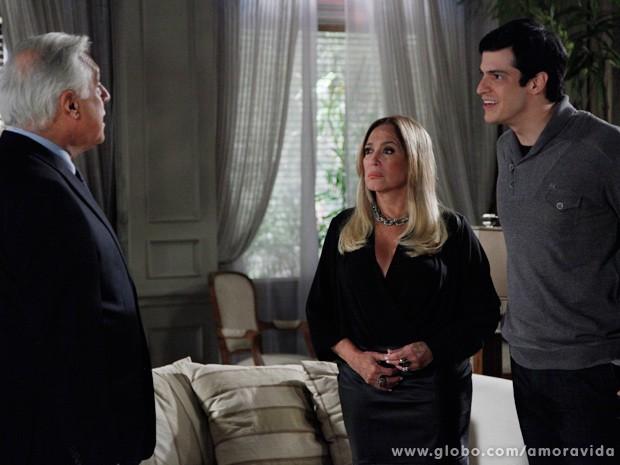 Félix fica indignado com a proposta de César sobre o San Magno (Foto: Amor à Vida / TV Globo)