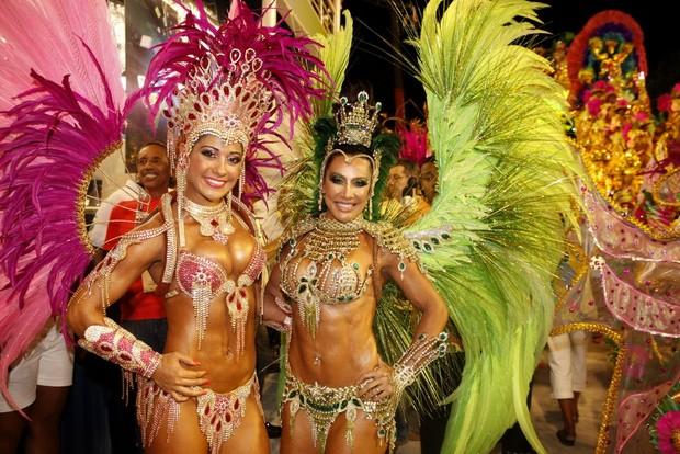 Mayra Cardi e Scheila Carvalho no Rio (Foto: Marcos Serra Lima/EGO)