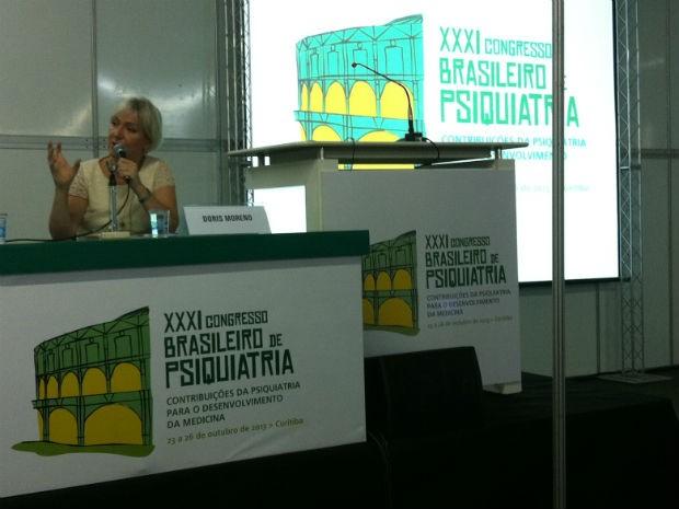 Doris Moreno falou sobre transtorno bipolar no Congresso Brasileiro de Psiquiatria (Foto: Fernando Castro/ G1)