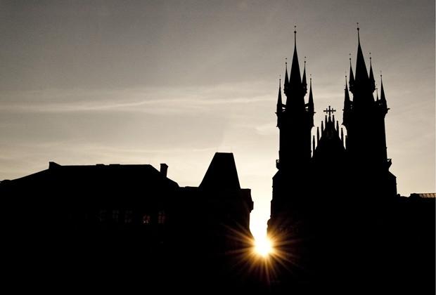 Vista de Praga ao nascer do sol (Foto: Gabriel Prehn Britto/Gabriel quer viajar)
