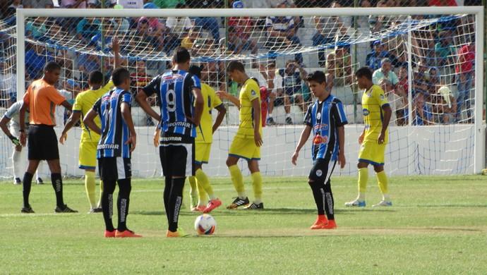 luquinhas, porto-pe (Foto: Vital Florêncio / GloboEsporte.com)