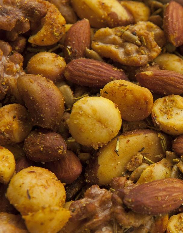 Mix de nuts caseiro com especiarias (Foto: Thiago Teixeira/Divulgação)