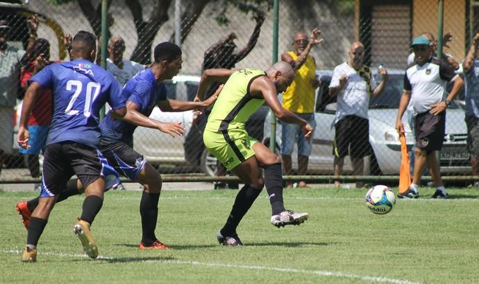 Diego Souza marcou o último gol na vitória por 3 a 0 sobre o Juventus-RJ (Foto: Divulgação/Assessoria P2)