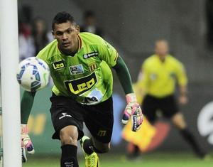 Palmeiras x Sampaio Corrêa - goleiro Ruan (Foto: Marcos Ribolli)