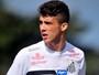 Santos consegue efeito suspensivo e terá Gustavo Henrique contra o Sport