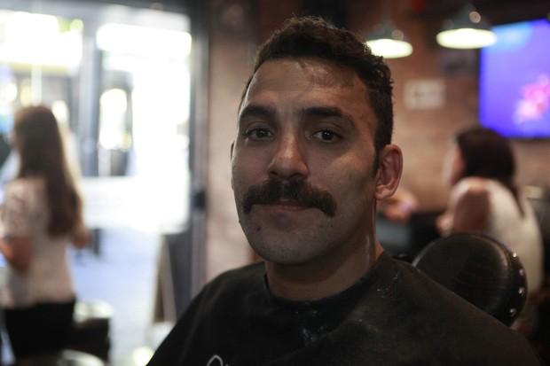 Aloysio Naylor fez bigode chevron moustache (Foto: Anderson Barros/EGO)