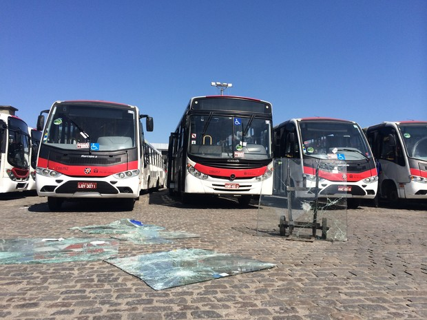 Prejuízo de uma das viações pode chegar a R$ 180 mil, segundo coordenador de tráfego (Foto: Daniel Silveira/G1)