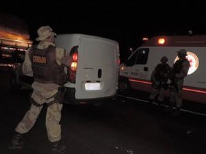 Suspeito foi preso pela polícia após o crime (Foto: Edivaldo Braga/ Blog Braga)