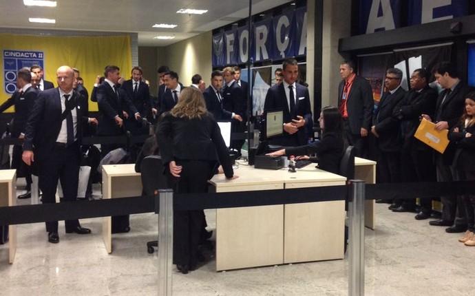 Austrália desembarca em Curitiba e é a primeira seleção a chegar ao Brasil (Foto: Arquivo pessoal)